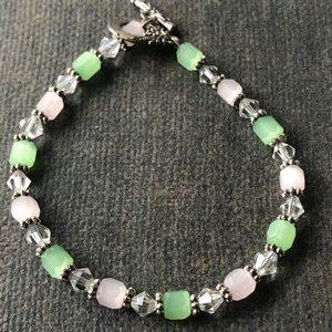 Pink Quartz Line Green Bracelet